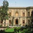 بازسازی و احیاء ؛ ضرورت یا تفنن موزه آبگینه (خانه قوام)